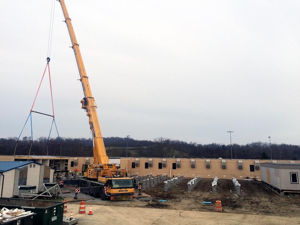 crane-set-wide